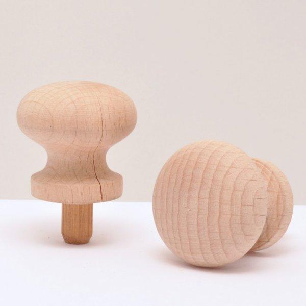Möbelknopf aus Buche Kopfdurchmesser: ca.30 mm Knopfhöhe: ca.15 mm Bild1