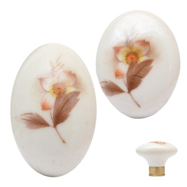 Porzellanknopf Porzellan,altweiß oval, Messingsockel Bild1