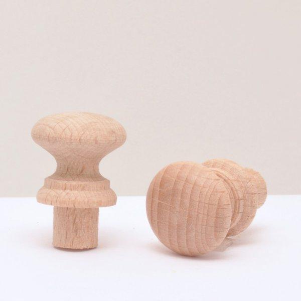 Holzknöpfe in Buche in verschiedenen Duchrmessern der Serie KN401 Bild1