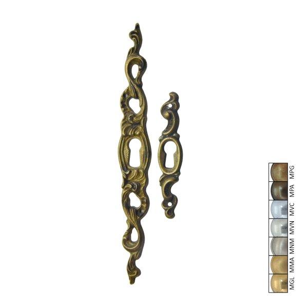 Rokoko Schlüsselschild Hochkant mit Schlüsselloch, Messing matt, 15 x 70 mm der Serie RK018 Bild1